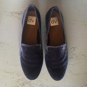 NWOT Blue velvet Loafers